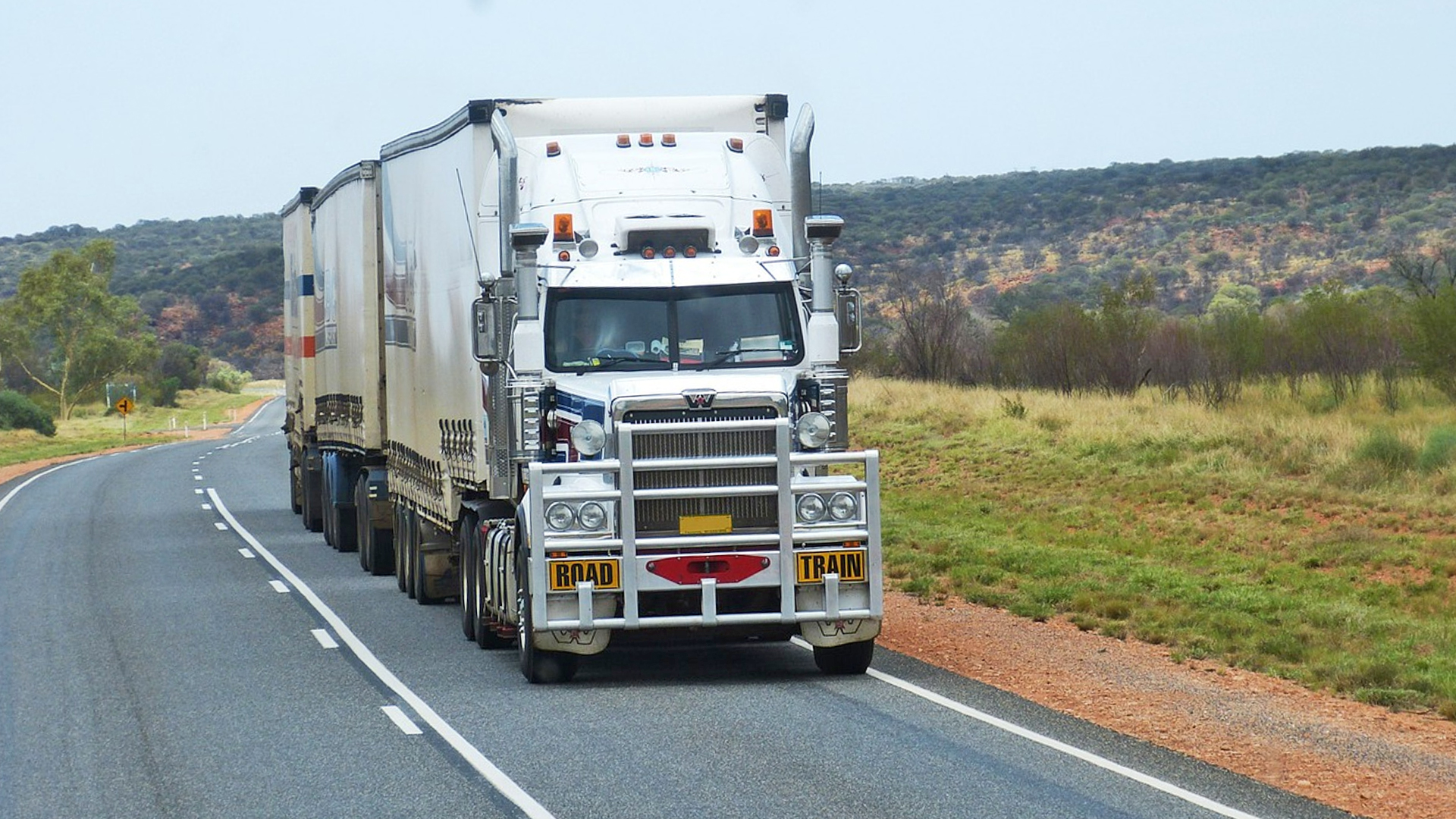 10 Safe Driving Tips for Truck Drivers